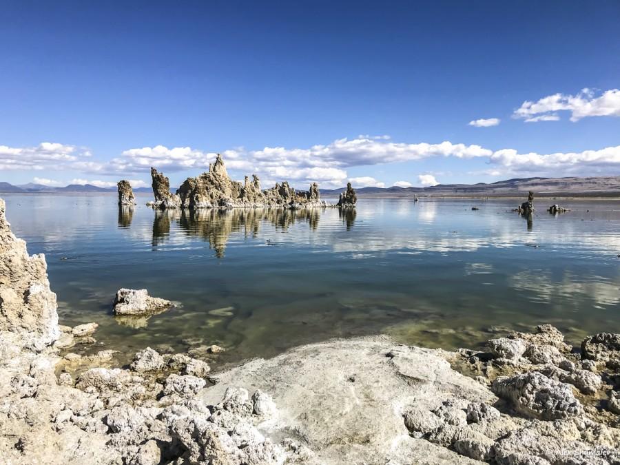 Мертвое озеро Моно: песчаные замки детей великанов, пустыня и горы